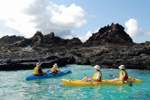 kayaking-in-galapagos-islands